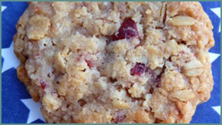 Biscotti-all-avena-e-mirtilli-rossi.thumb