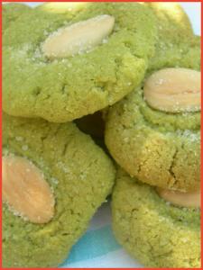 Biscotti-alle-mandorle-e-the-verde-matcha-vegan