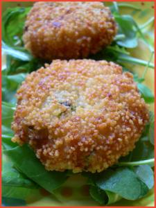crocchette-di-patate-e-zucchine-in-crosta-di-cous-cous-vegan