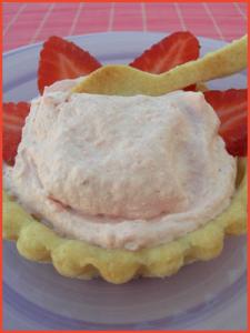 Crostatine-alla-mousse di-fragole-vegan